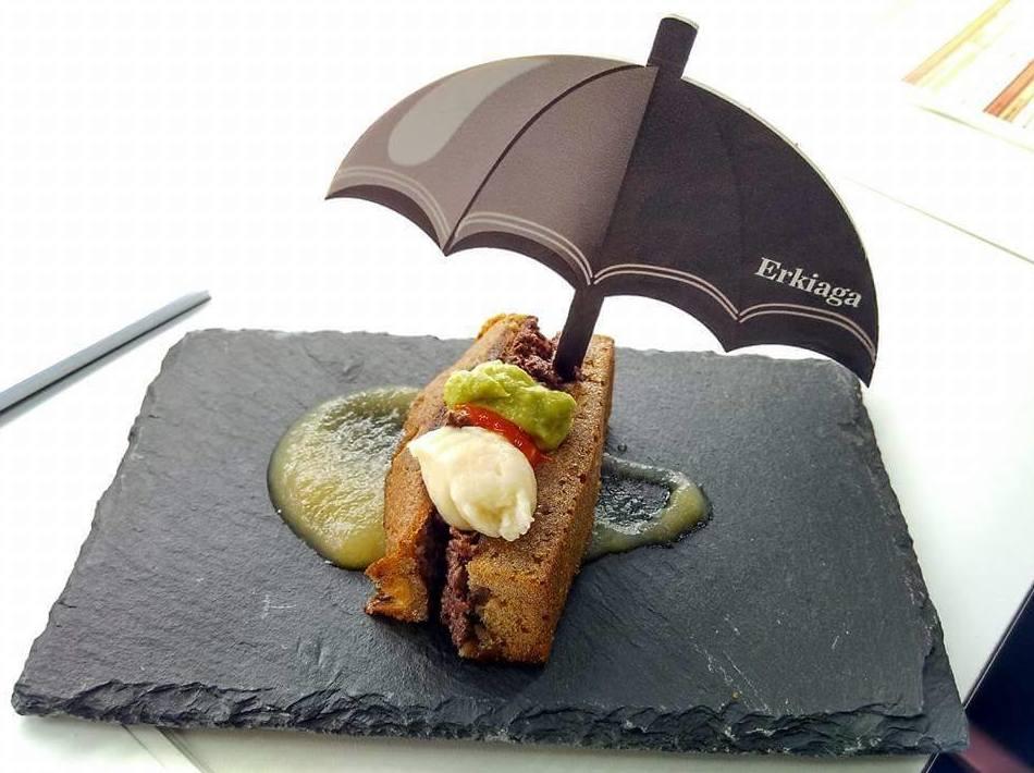 Foto 36 de Cocina tradicional en Vitoria-Gasteiz | Bar Restaurante Erkiaga