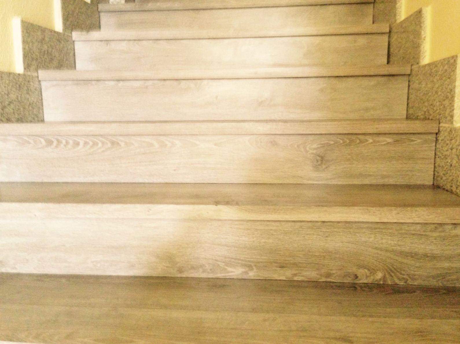 Escaleras con vinilo,woodmagik