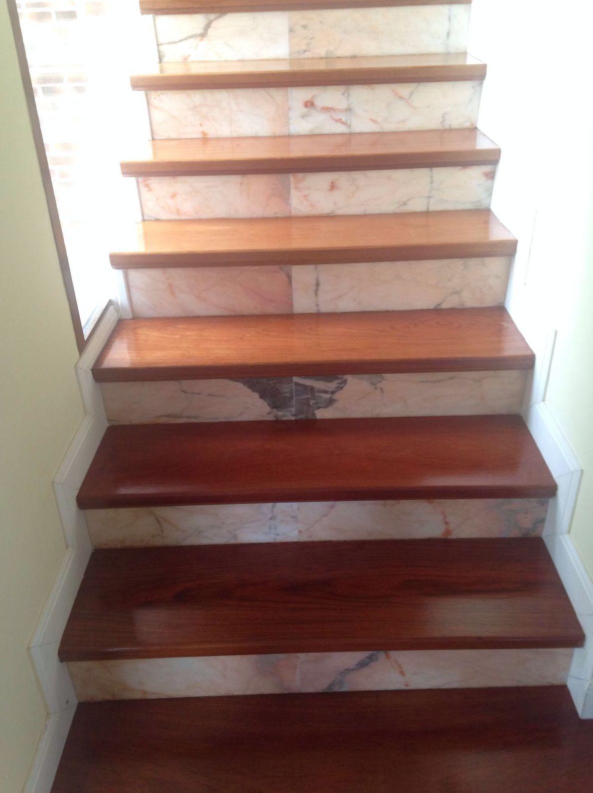 Acuchillado de escaleras en Alcala Meco con woodmagik