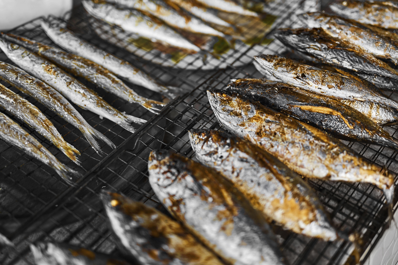 Pescados a la brasa: Platos de Restaurante Parrilla El Charran