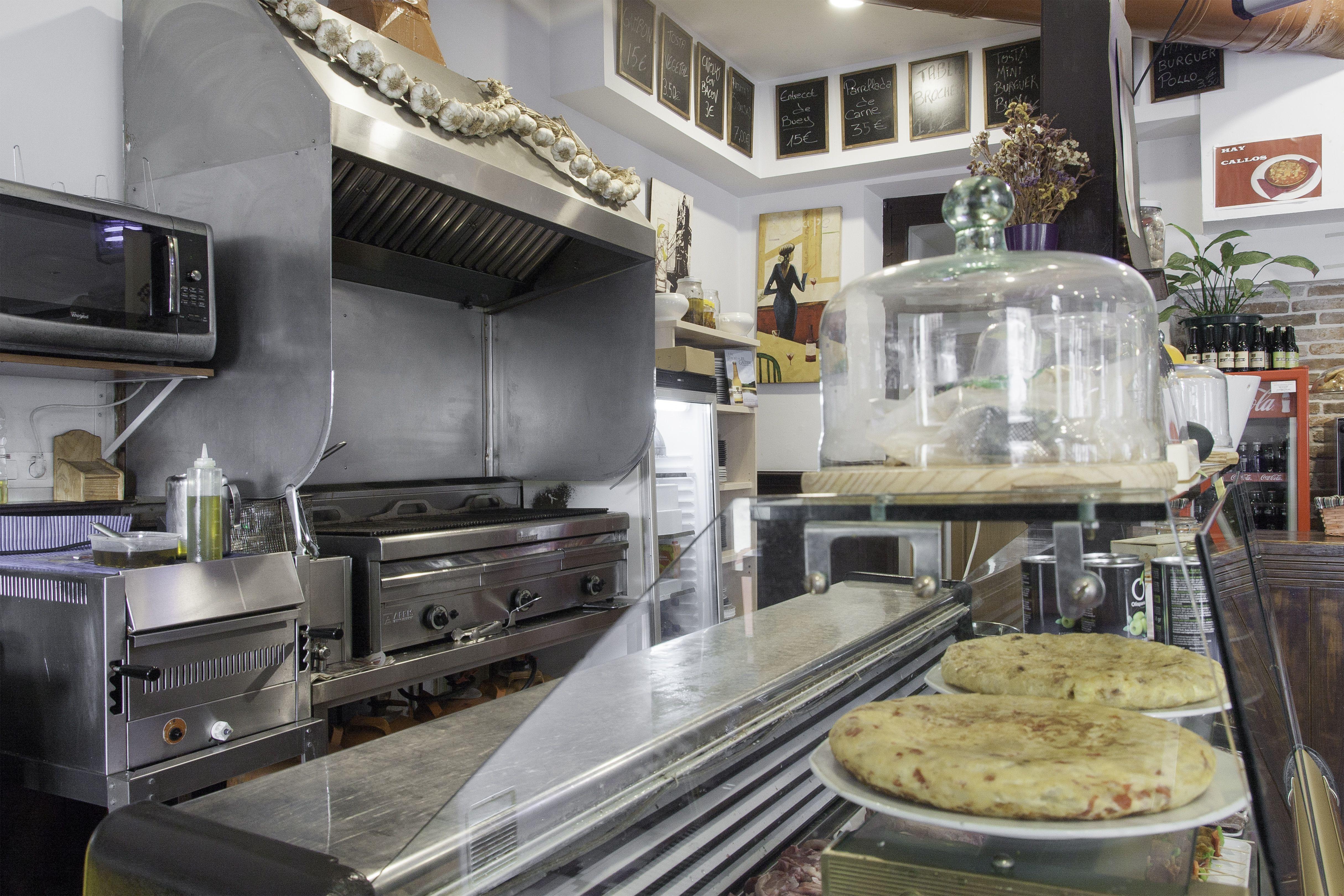 Vitrina productos Restaurante Parrilla el Charran