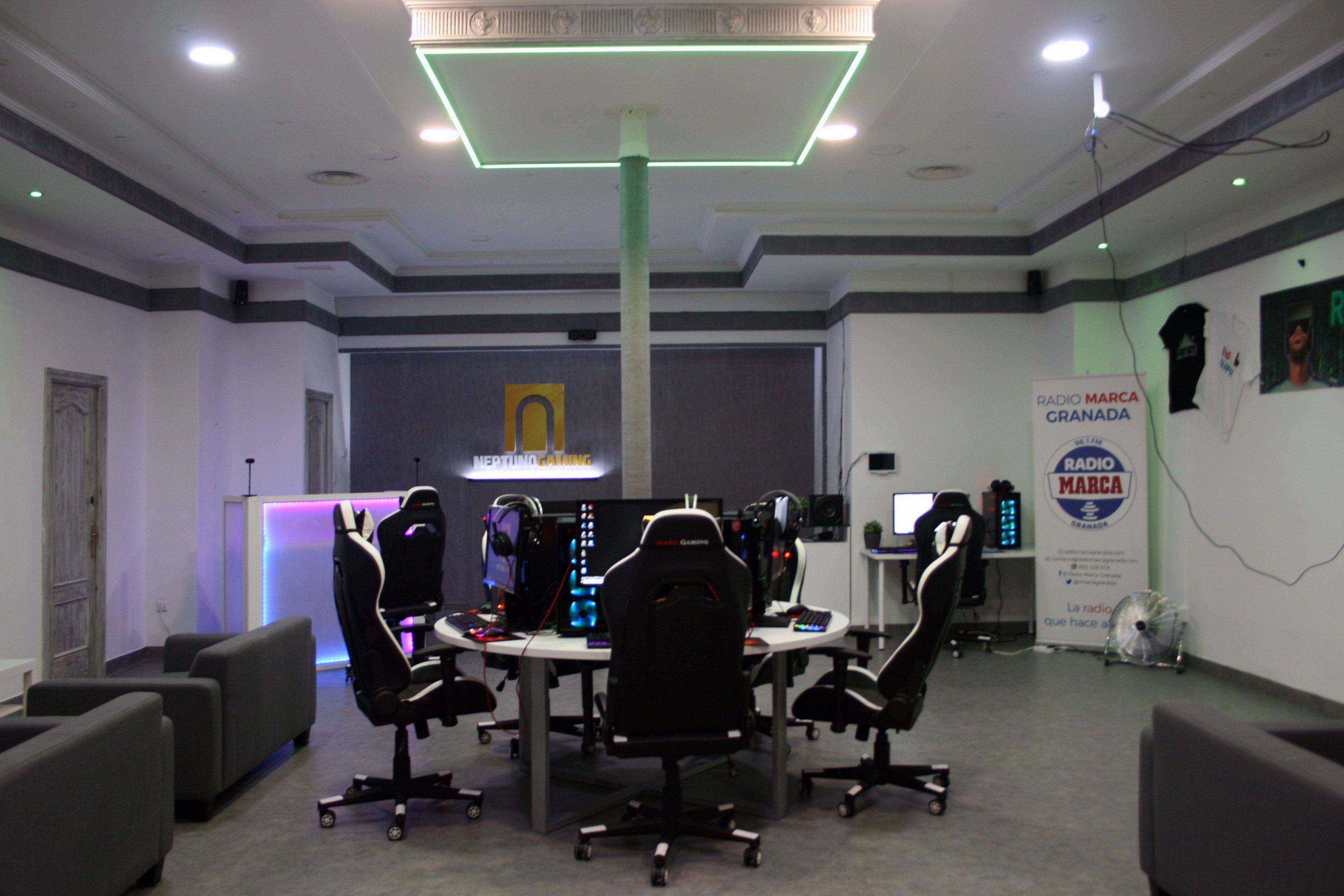 Foto 2 de Centro gaming en Granada | Neptuno Gaming
