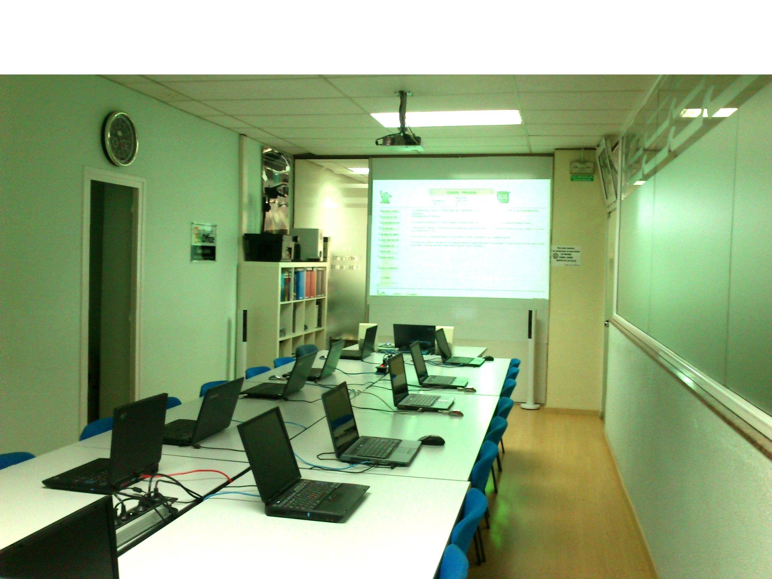 Foto 8 de Academias de idiomas en Badalona | Academia ICC