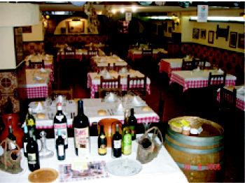 Foto 9 de Cocina castellana en Madrid | Mesón Restaurante El Segoviano
