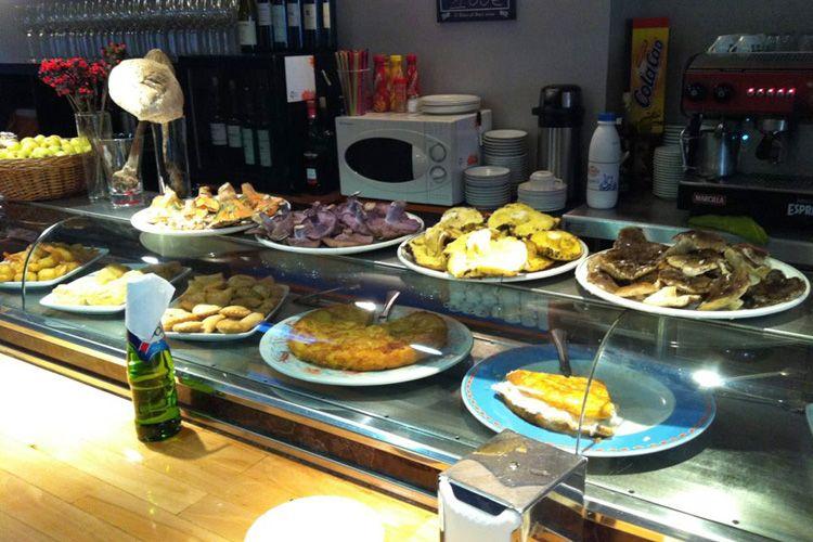 Barra de nuestro restaurante en Soria