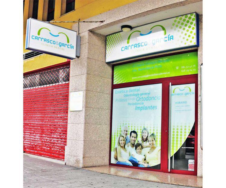 Exterior del centro odontológico en A Coruña
