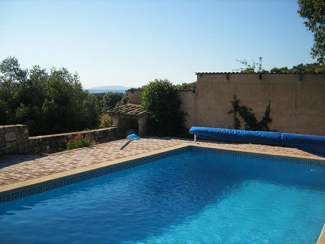 Mantenimiento de piscinas en la rioja por qu se utiliza el cloro - Cloro en piscinas ...