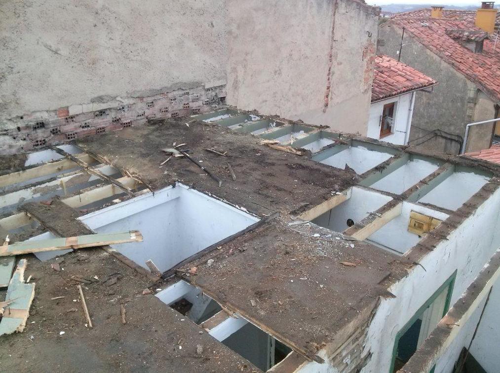 Trabajos manuales para no dañar las edificaciones colindantes