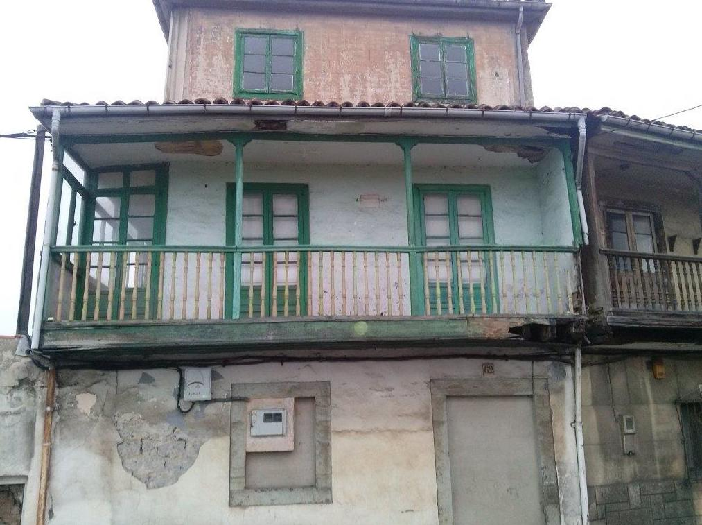 Estado inicial de casa para demolición