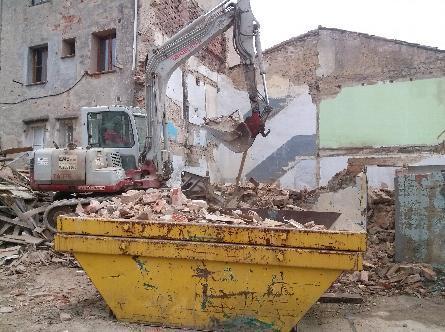 Experiencia en demoliciones mecánicas