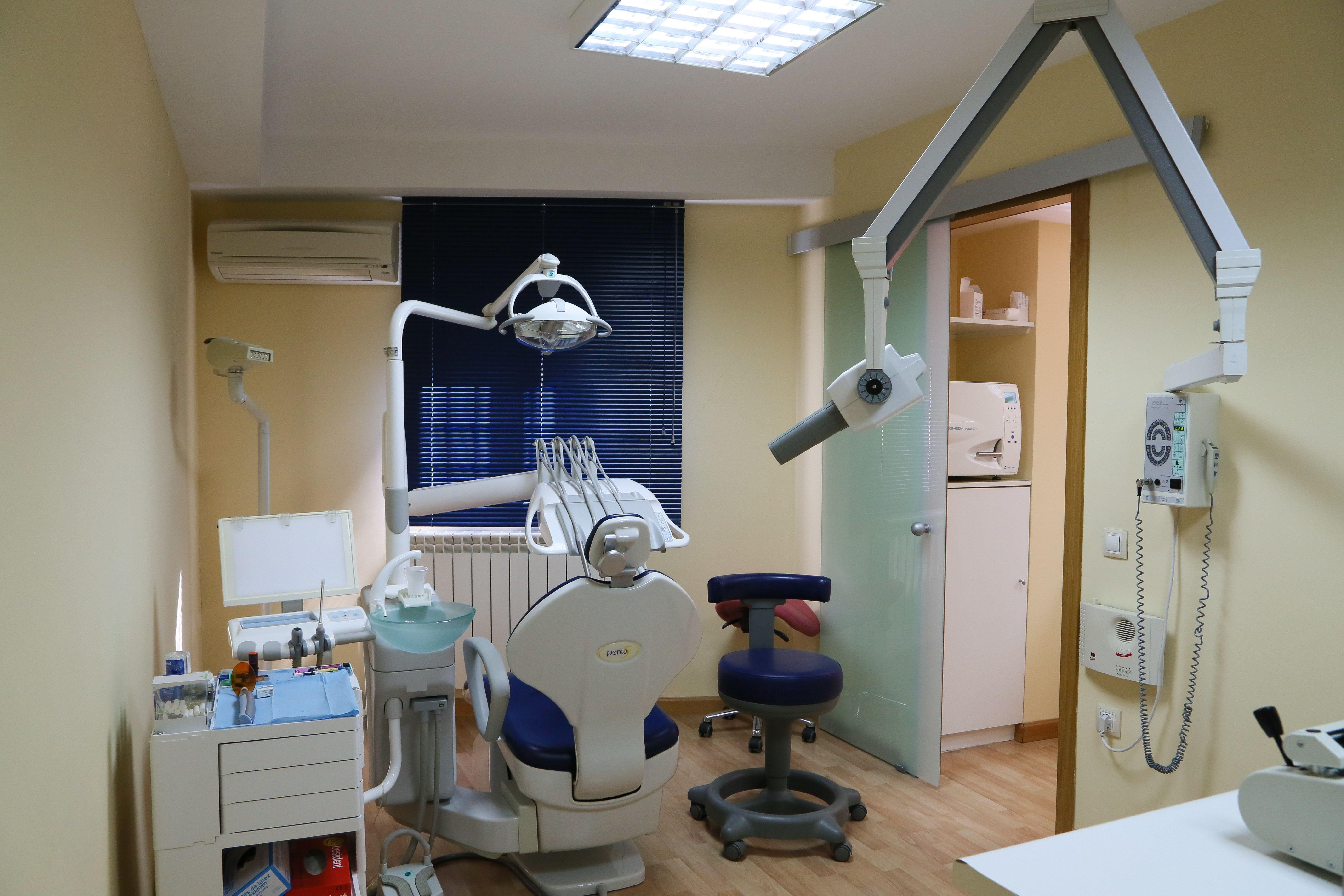 Foto 8 de Dentistas en Illescas | Clínica de Ortodoncia Dr. Mariano Núñez