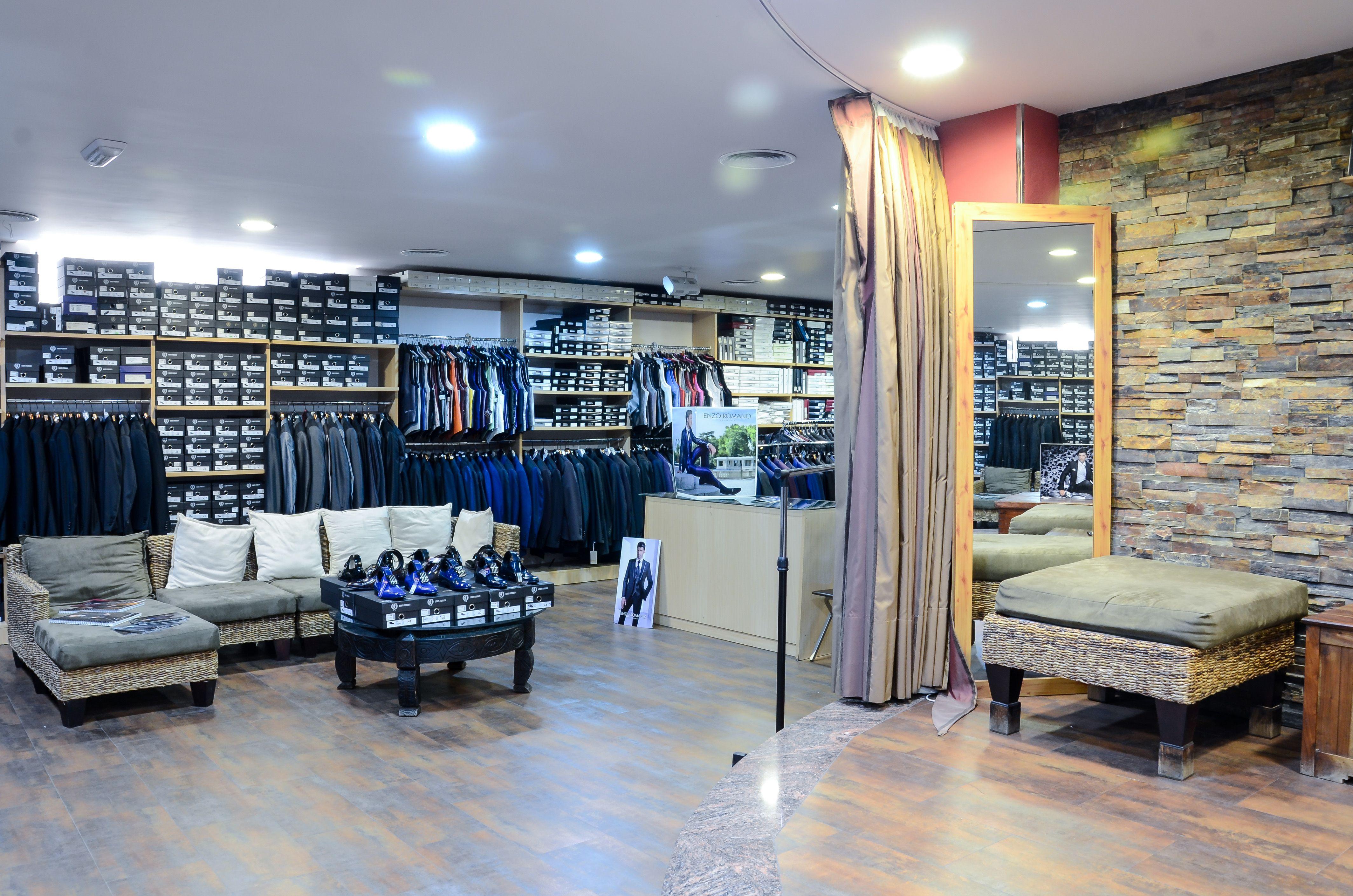 Tienda de ropa y complementos para hombre en Totana