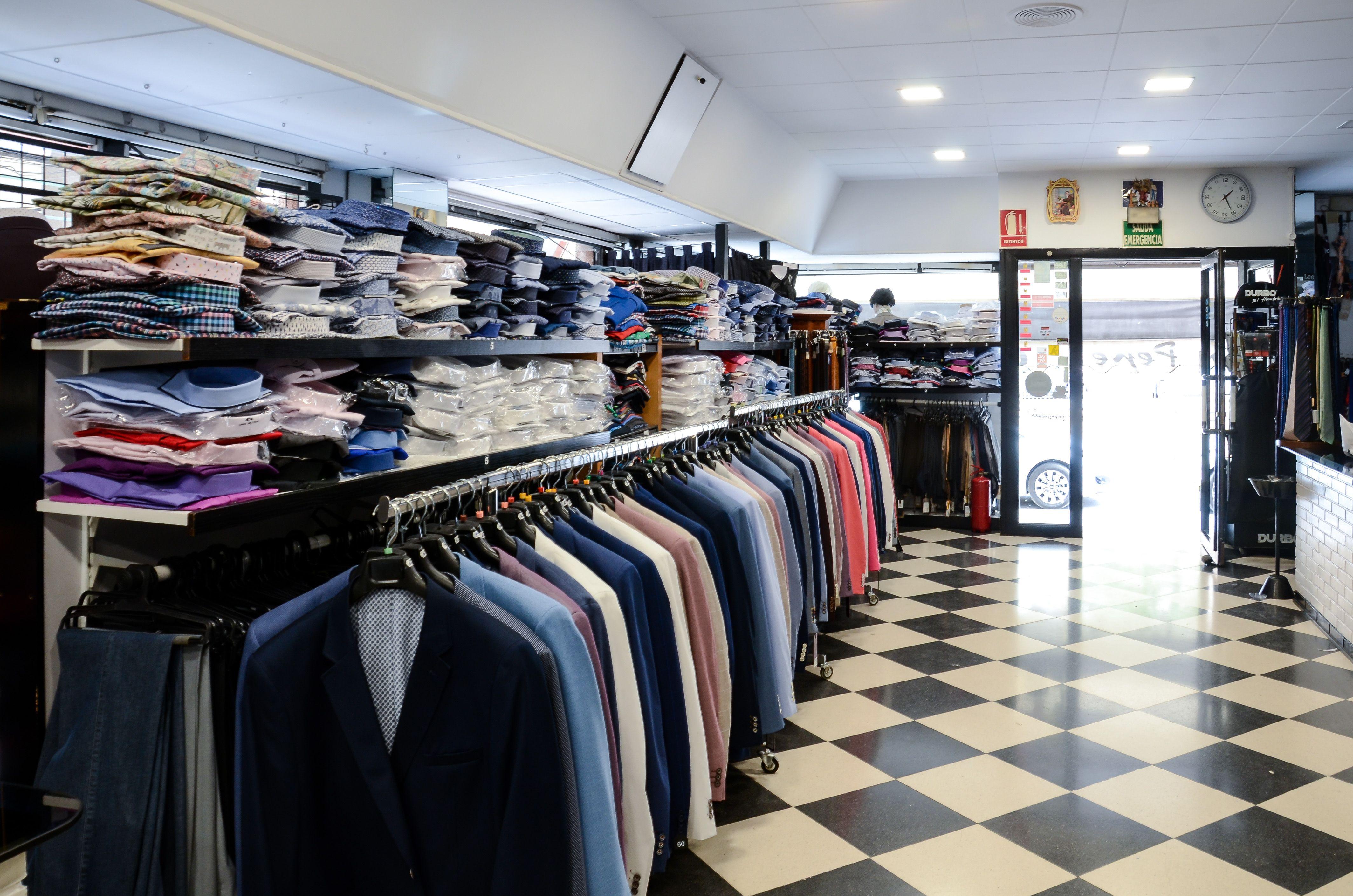Venta de ropa y complementos para hombre en Totana
