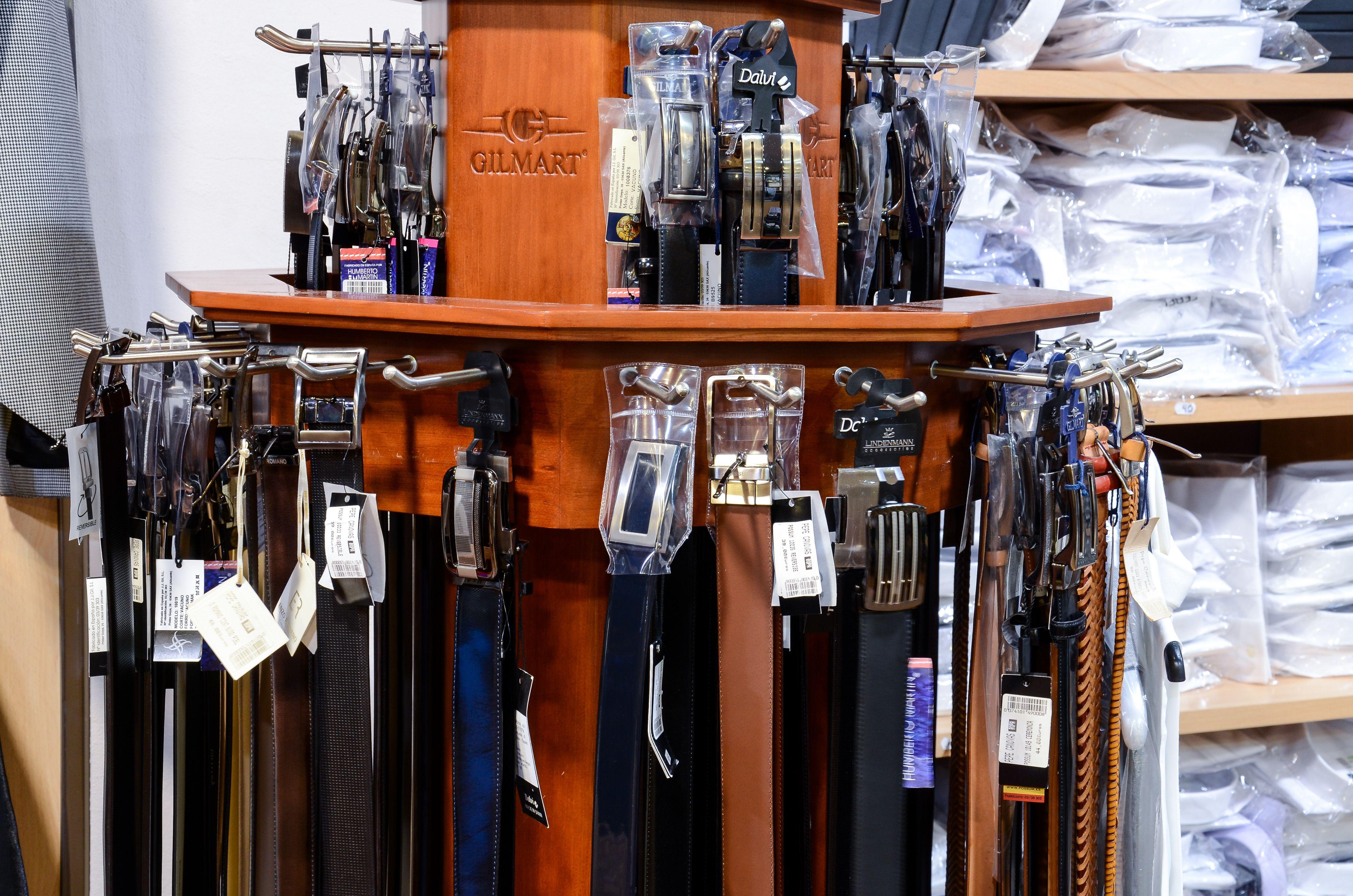 Tienda de cinturones y complementos para hombre en Totana