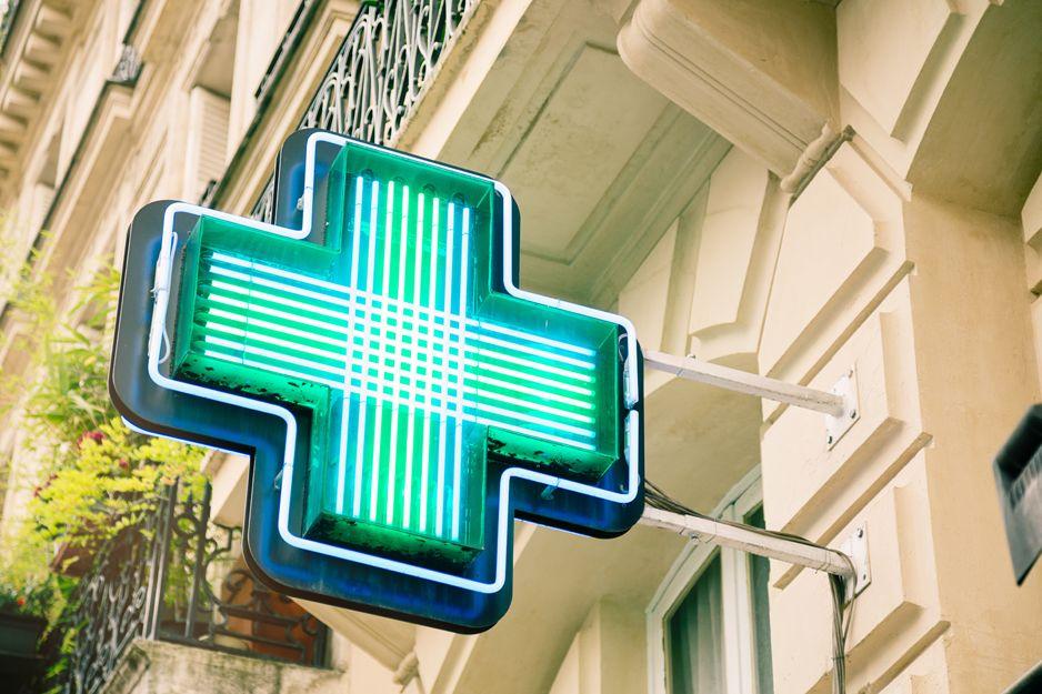 Farmacia abierta en Borriol, Castellón