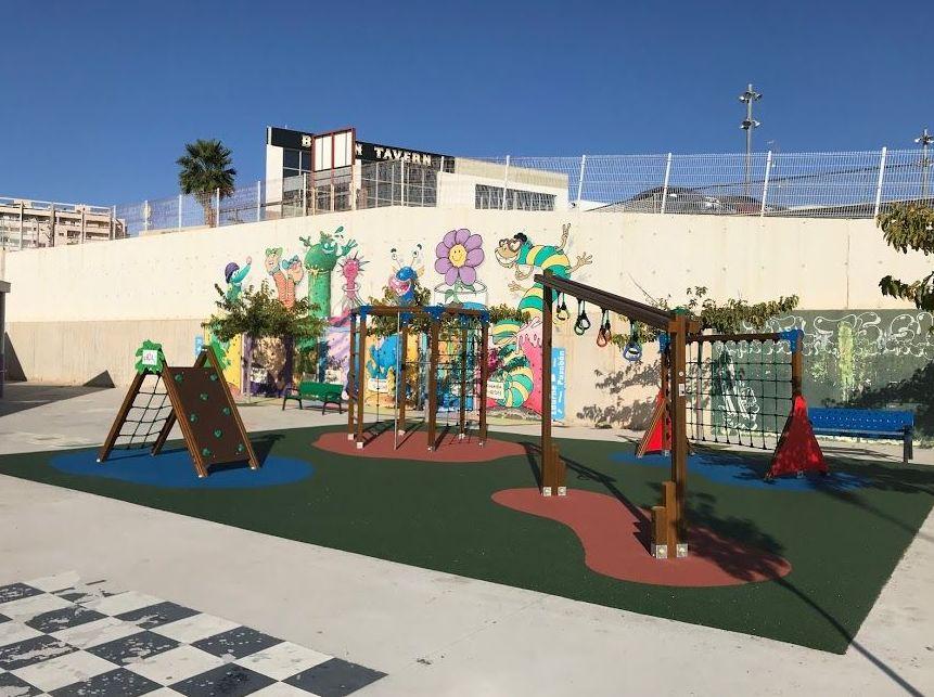 Parques Infantiles , Flama Levante