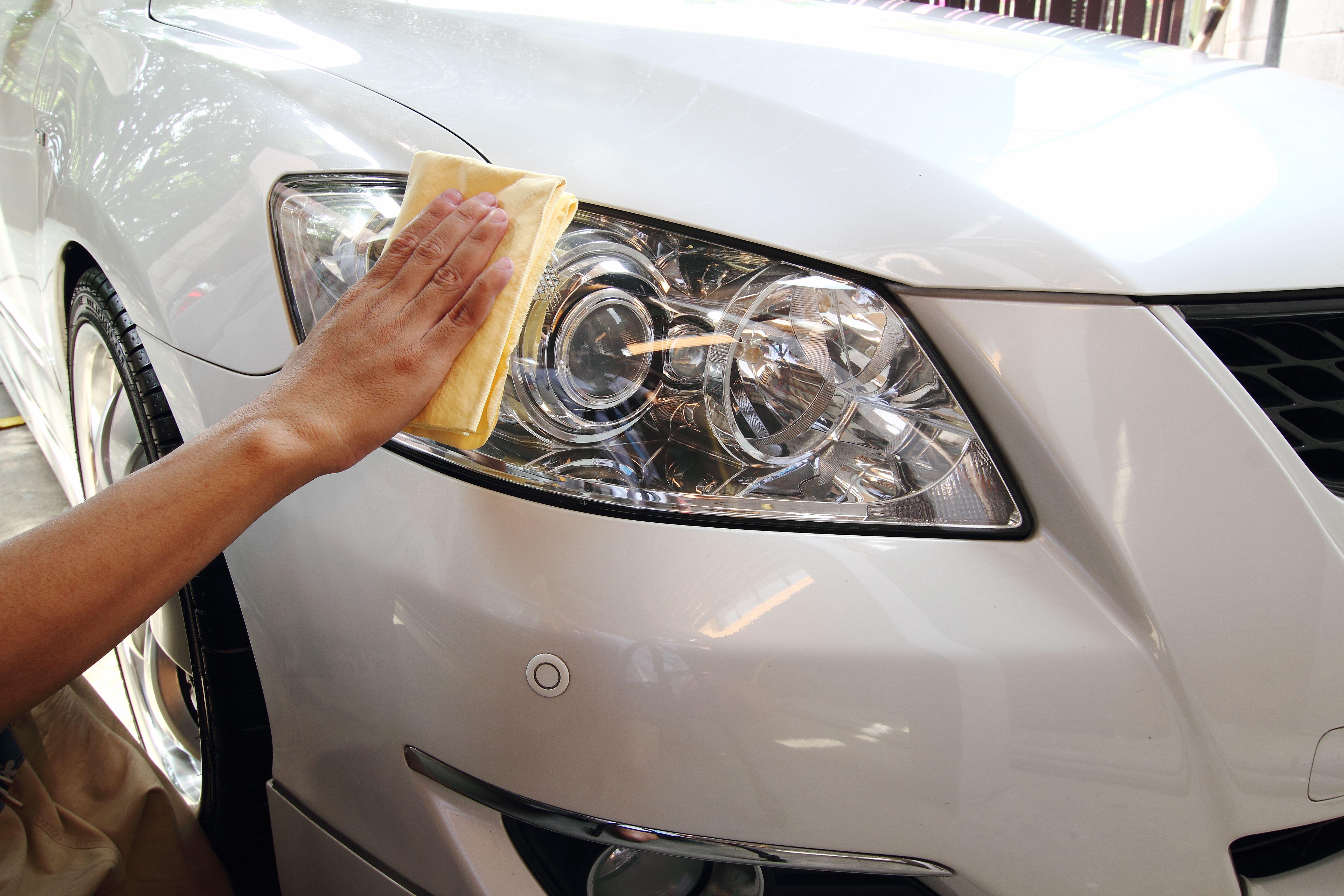 Pulido de faros: Servicios de Gepard Auto Center