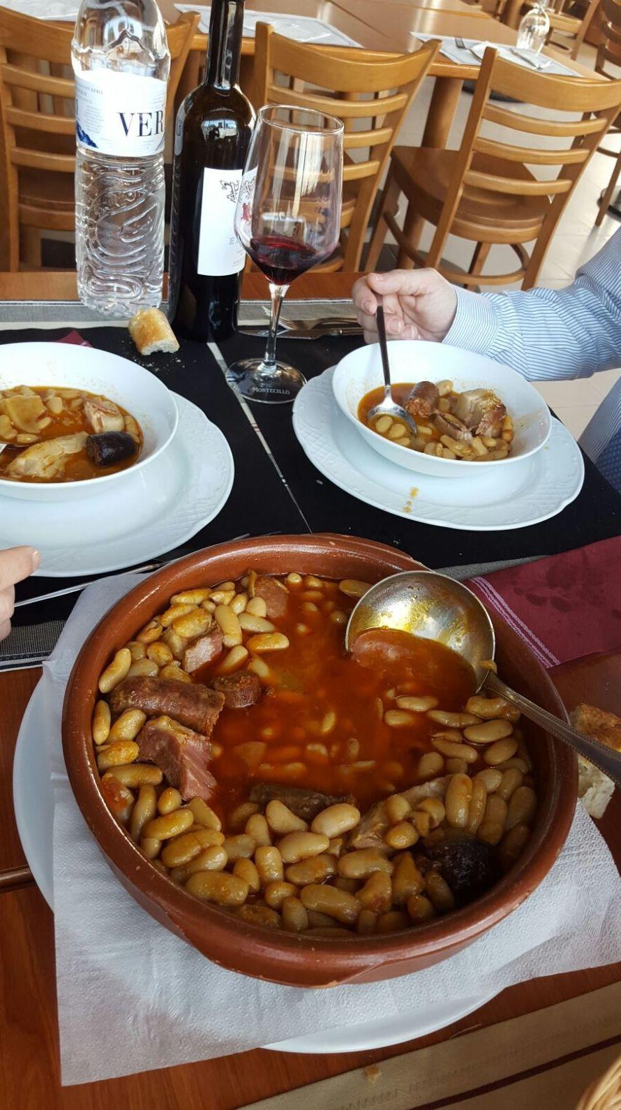 Foto 50 de Cafetería - restaurante en La Muela | Cafetería Restaurante El Asturiano