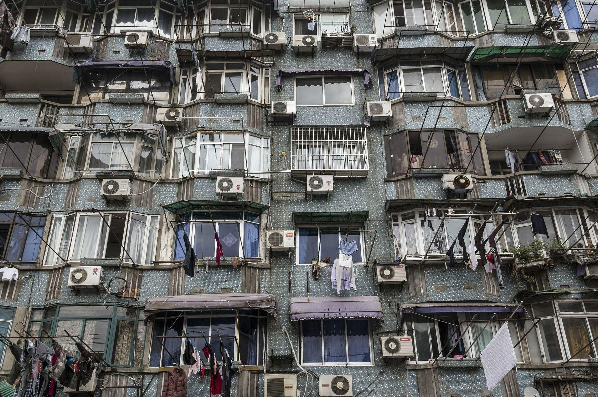 El Tribunal Supremo ordena retirar los aparatos de aire acondicionado de una fachada
