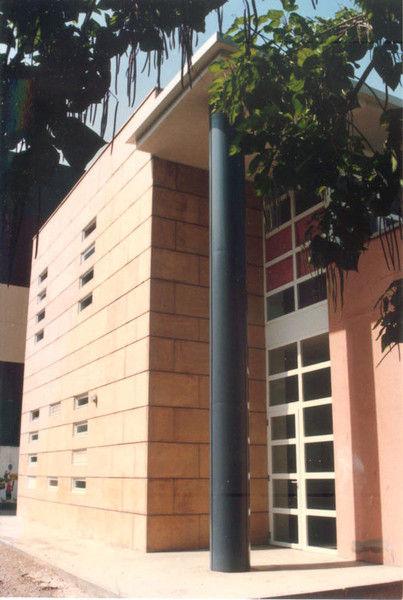 Diseño y construcción de edificios para el sector servicios