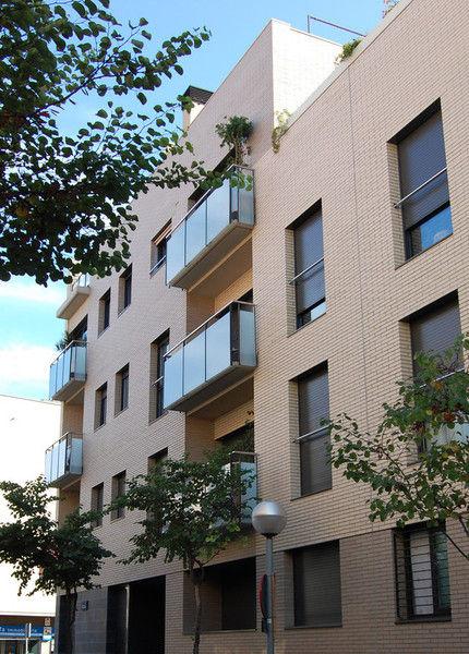 Construcción de edificios residenciales en Badalona