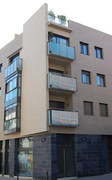 Creación de edificios de viviendas en Badalona