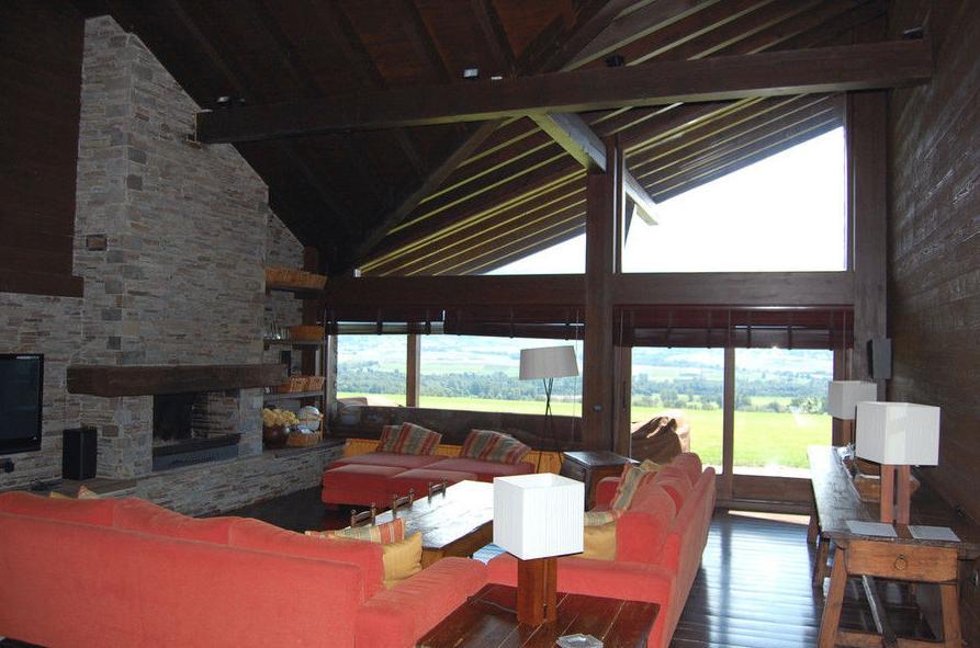 Diseño interior de salón para casa en Gerona