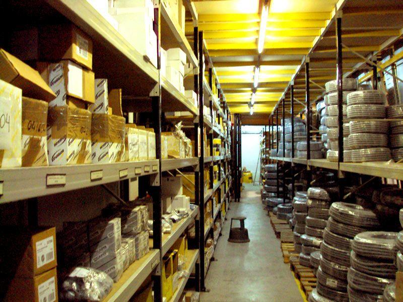 Empresa especializada en la distribución de material eléctrico industrial