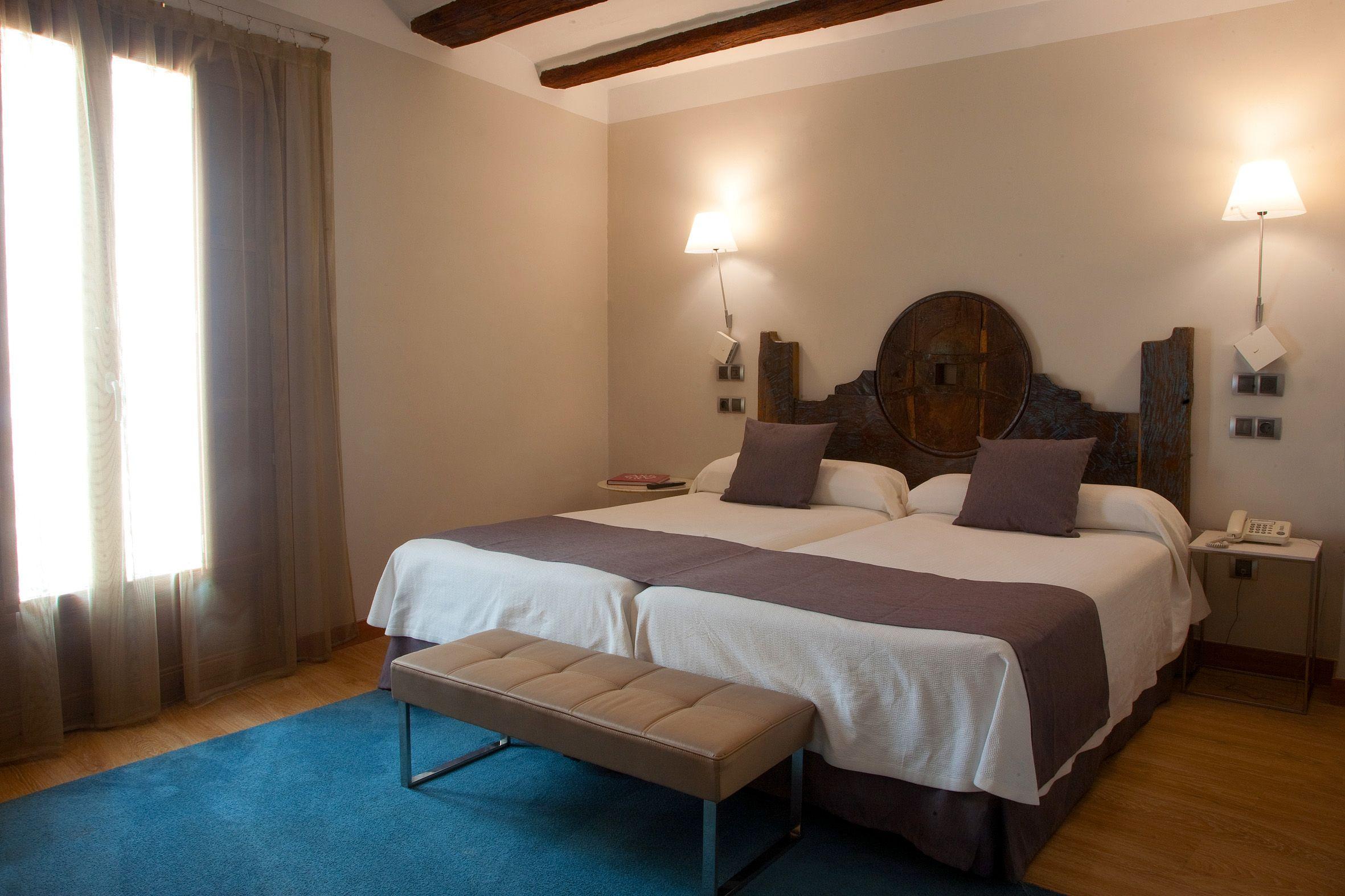 Hotel con párking interior en Estella, Navarra