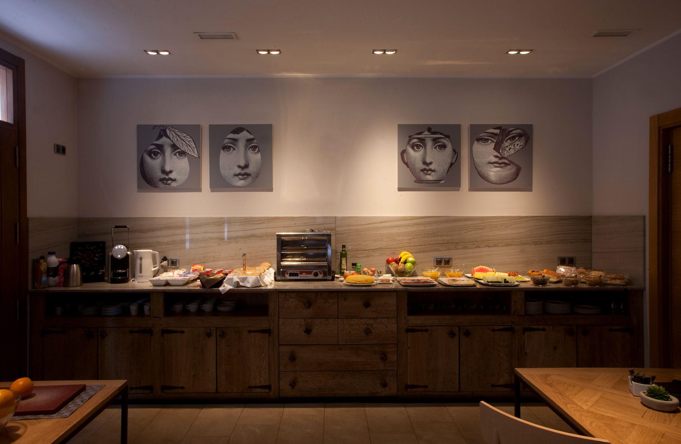 Hotel con buffet libre de desayunos en Navarra
