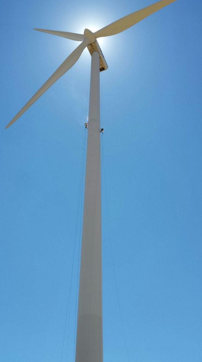 trabajos de colaboracion instalacion eolica jose