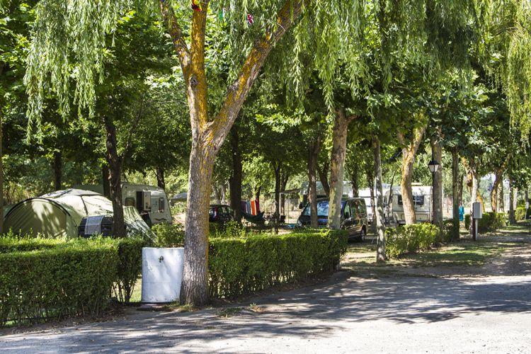 Camping totalmente equipado