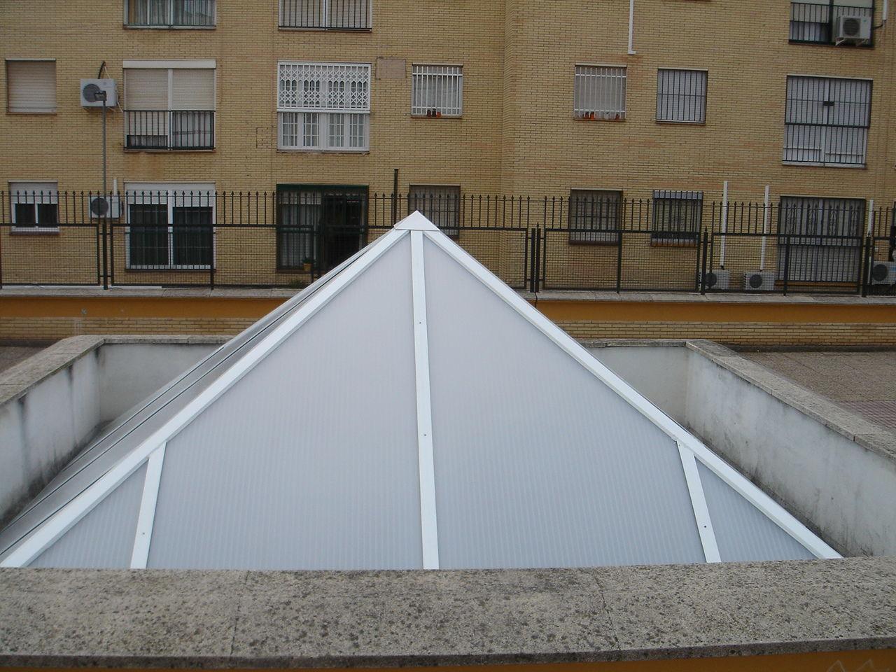 Foto 15 de Carpintería de aluminio, metálica y PVC en Málaga | Aluminios Alunoe