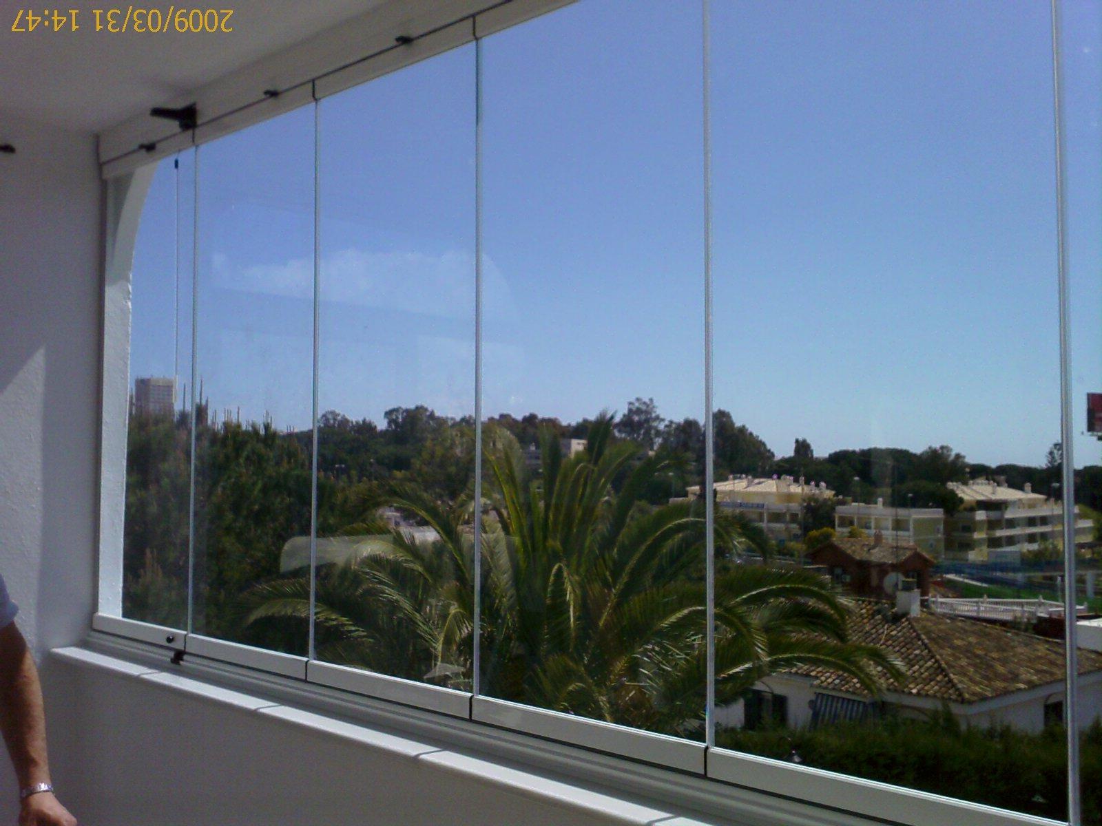 Foto 20 de Carpintería de aluminio, metálica y PVC en Málaga | Aluminios Alunoe
