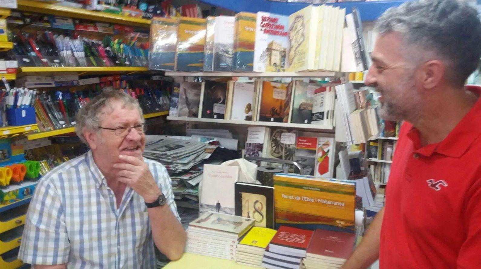Ian Gibson & Francesc Miralles en Serret en Liberia Serret en Teruel