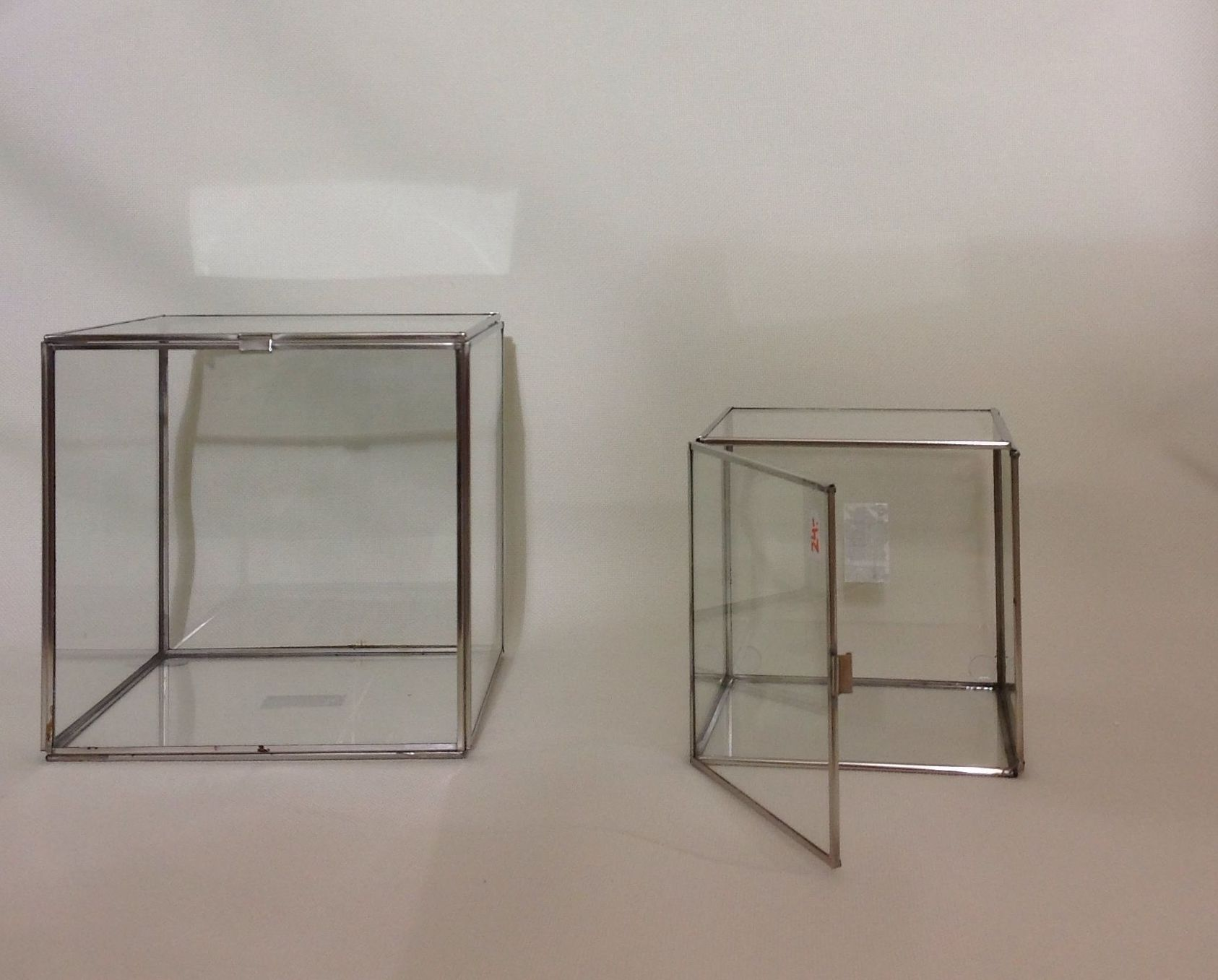 Decoraci n cajas cuadradas cristal cat logo de ste odile - Cajas de decoracion ...
