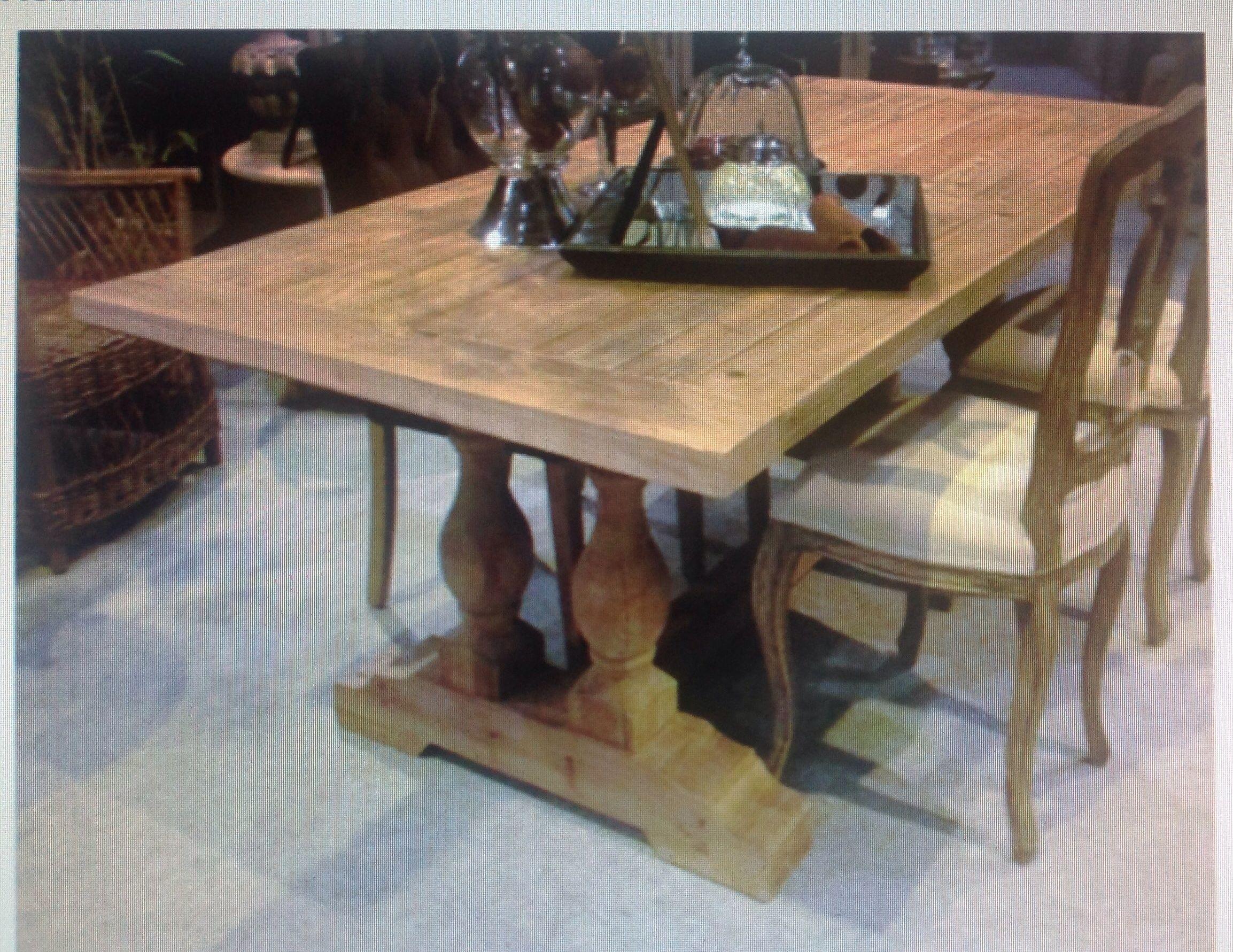 Mesa comedor madera natural : Catálogo de Ste Odile Decoración