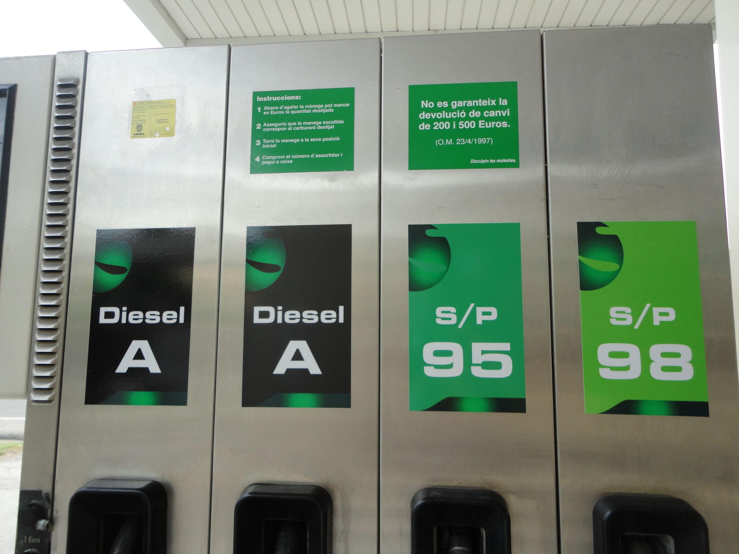 Foto 36 de Gasóleo en Almenar | Estació de Servei Segrià