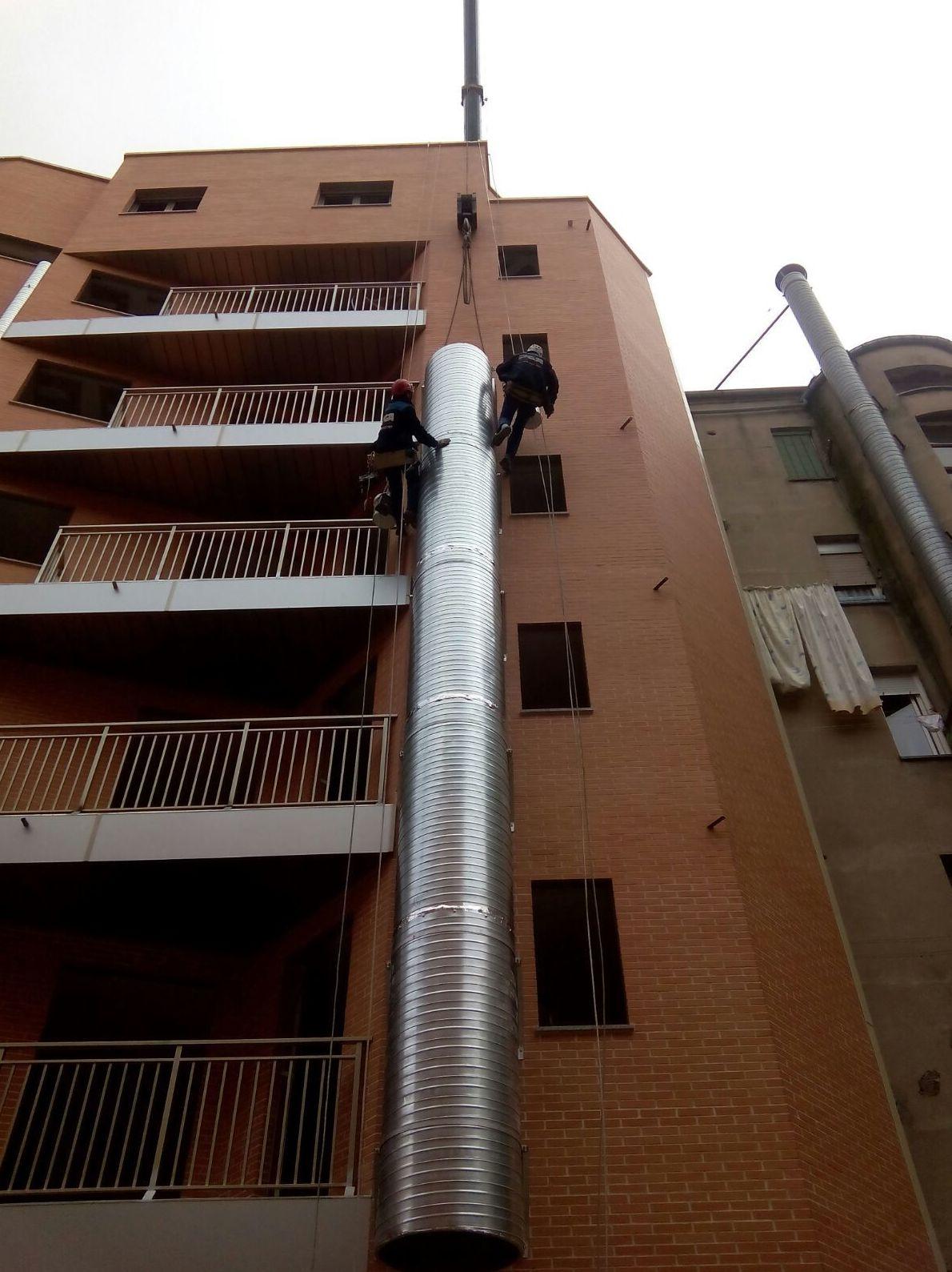 Foto 27 de Trabajos verticales en  | PGA Verticalidad