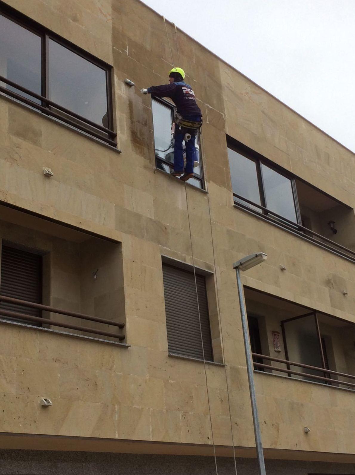 Foto 36 de Trabajos verticales en  | PGA Verticalidad