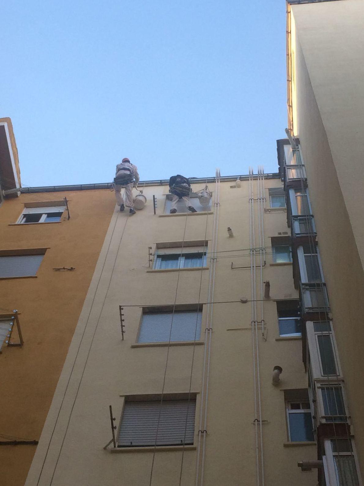Pintado de patios, trabajos en altura Salamanca