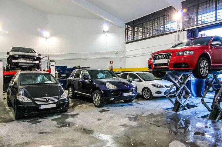 Foto 7 de Talleres de automóviles en Madrid | Talleres Valrodri