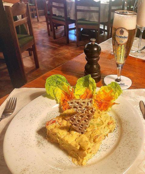 Restaurante con pescados y carnes en Tenerife