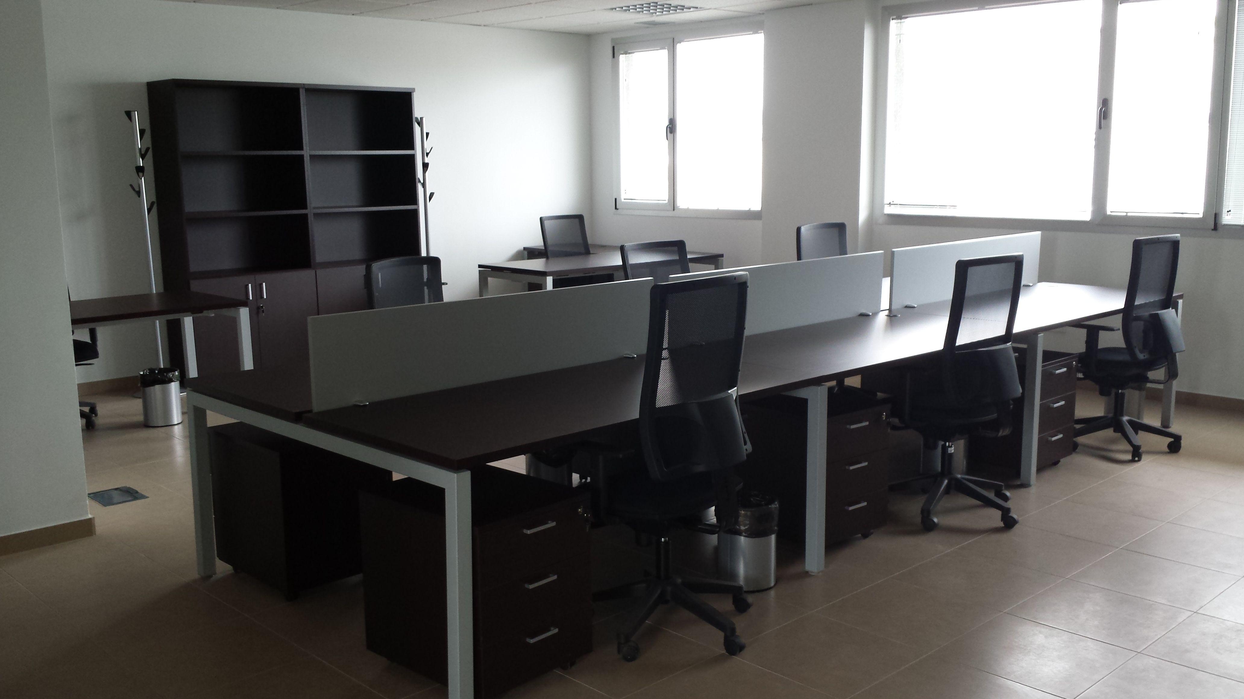Mobiliario y complementos para oficinas en Madrid