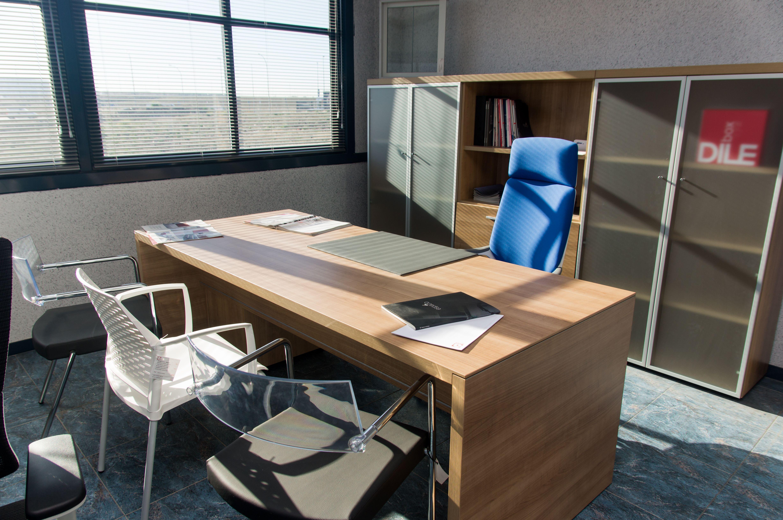 Mesas de oficina madrid best mesas de oficina with mesas for Muebles oficina madrid