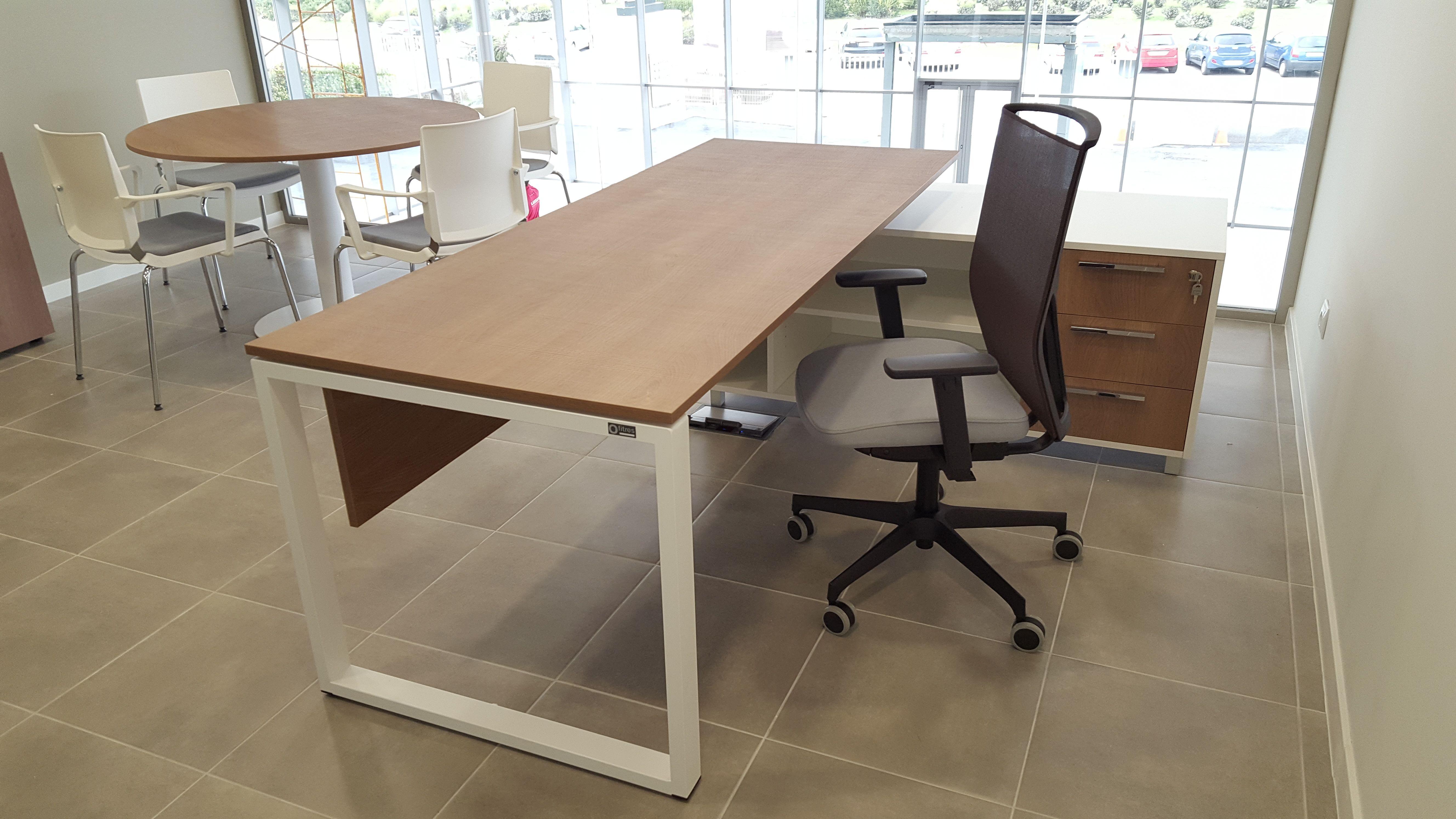 Mesas y sillas de gran calidad para oficinas en Madrid