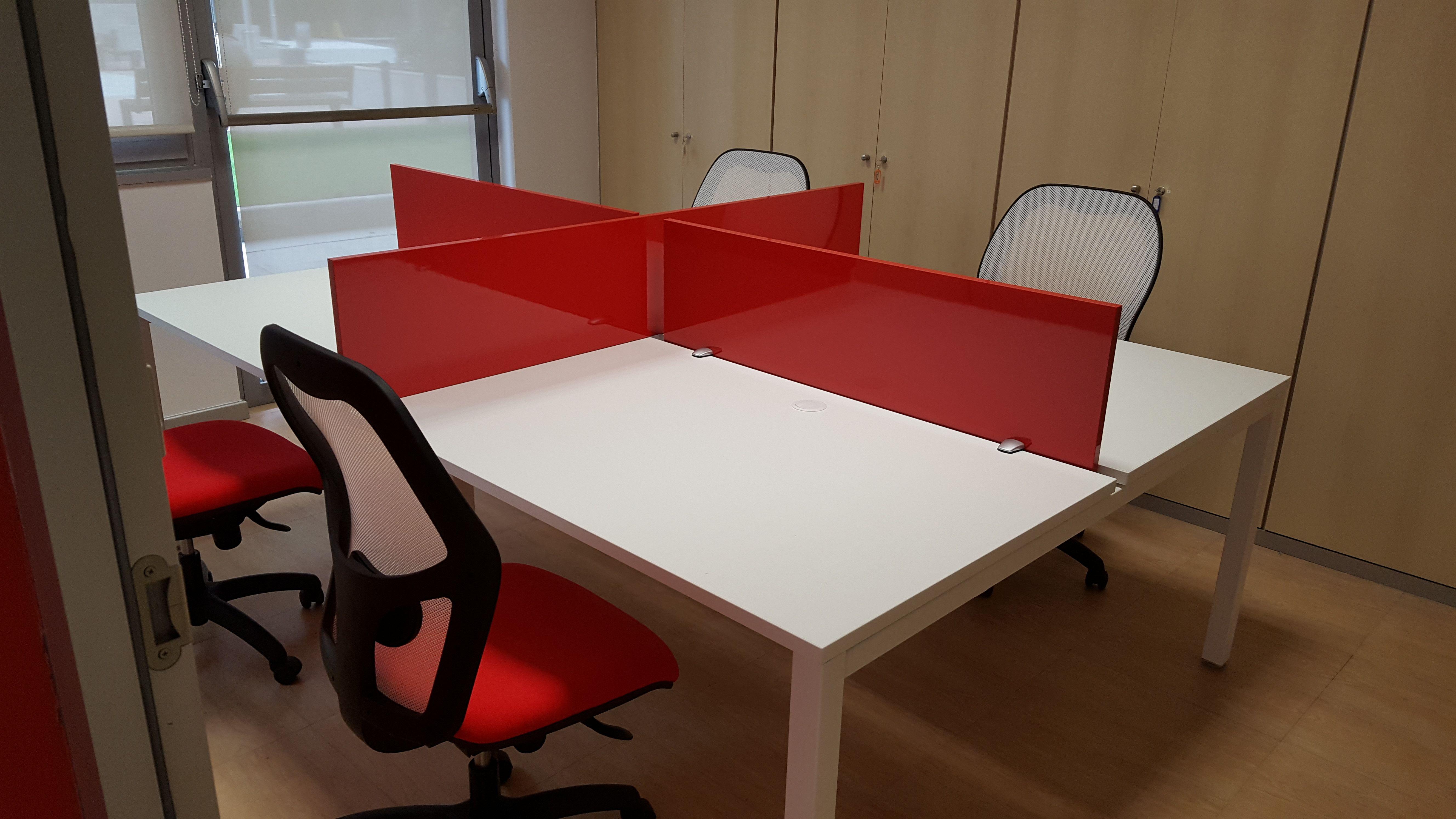 Venta de muebles para oficinas, centros de enseñanza o de hostelería...