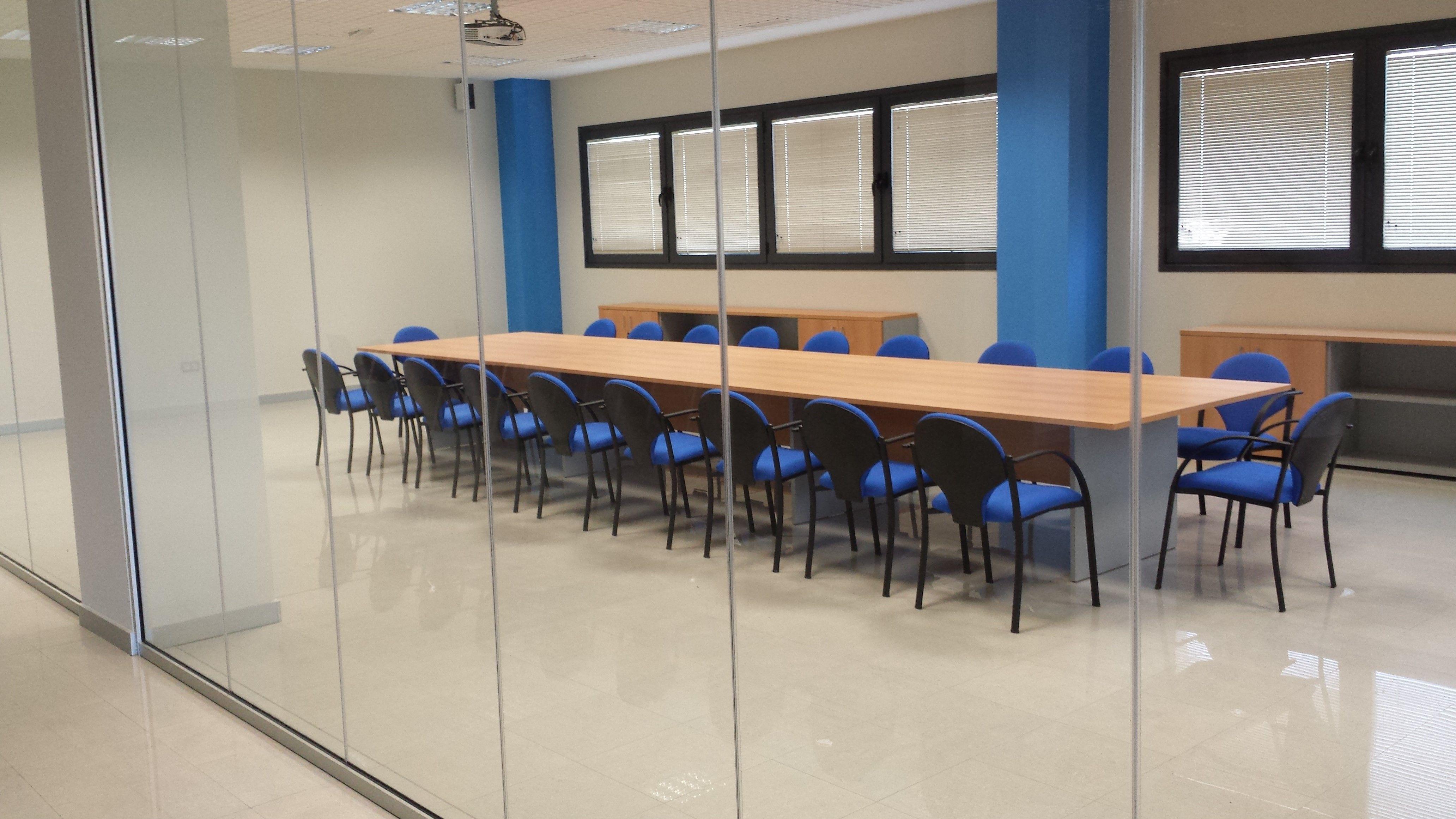 Equipamiento completo para salas de reuniones
