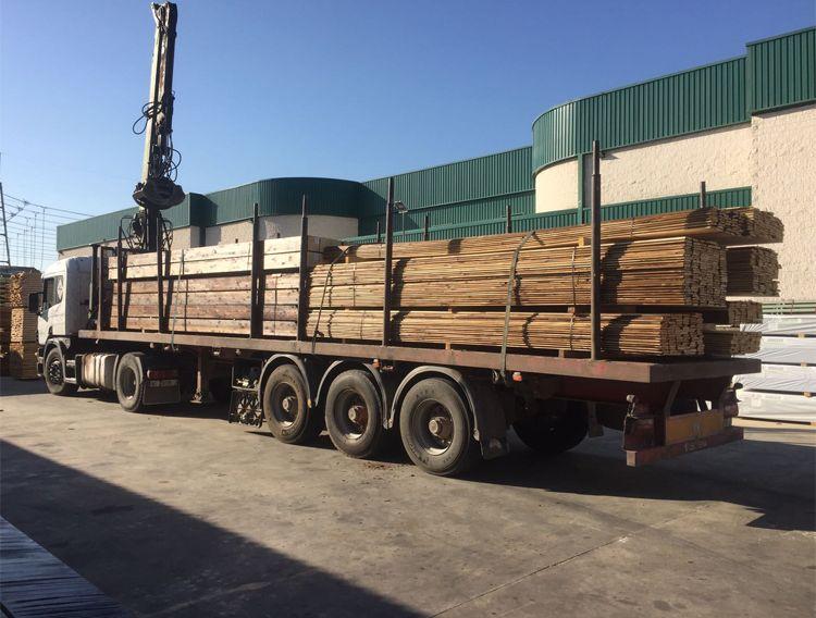 Corte de tableros de madera a medida en Villaviciosa de Odón
