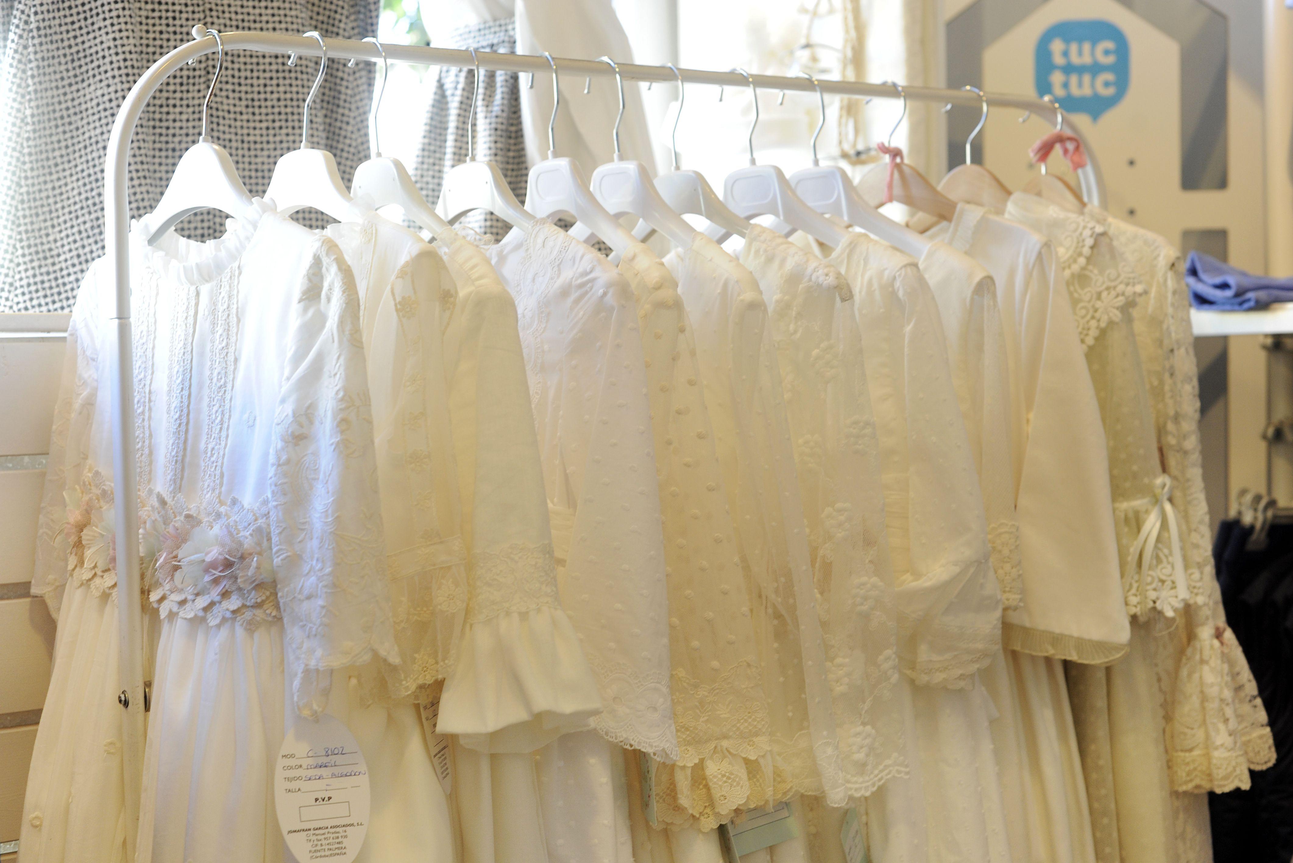 Venta de vestidos de comunión en Sevilla
